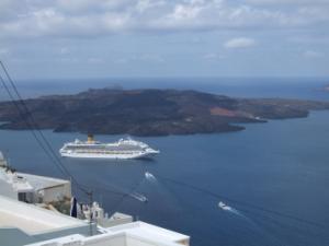 サントリーニ島の海